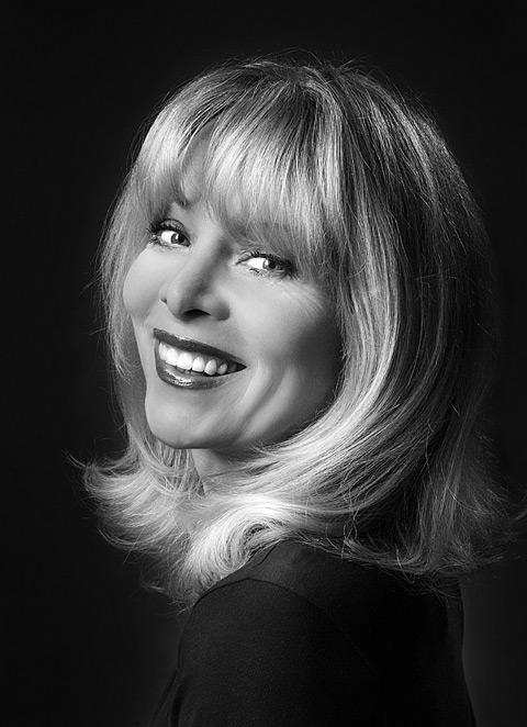 Portrait: Kammersängerin Prof. Hanna Schwarz